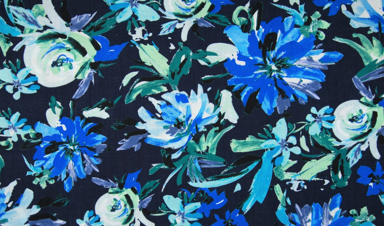 Viskose Crincle mit blauen Blumen - navy