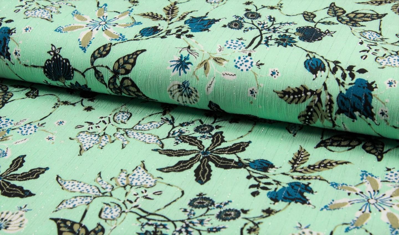 Viskose Crincle Lurex mit Blumen und Blättern - mint